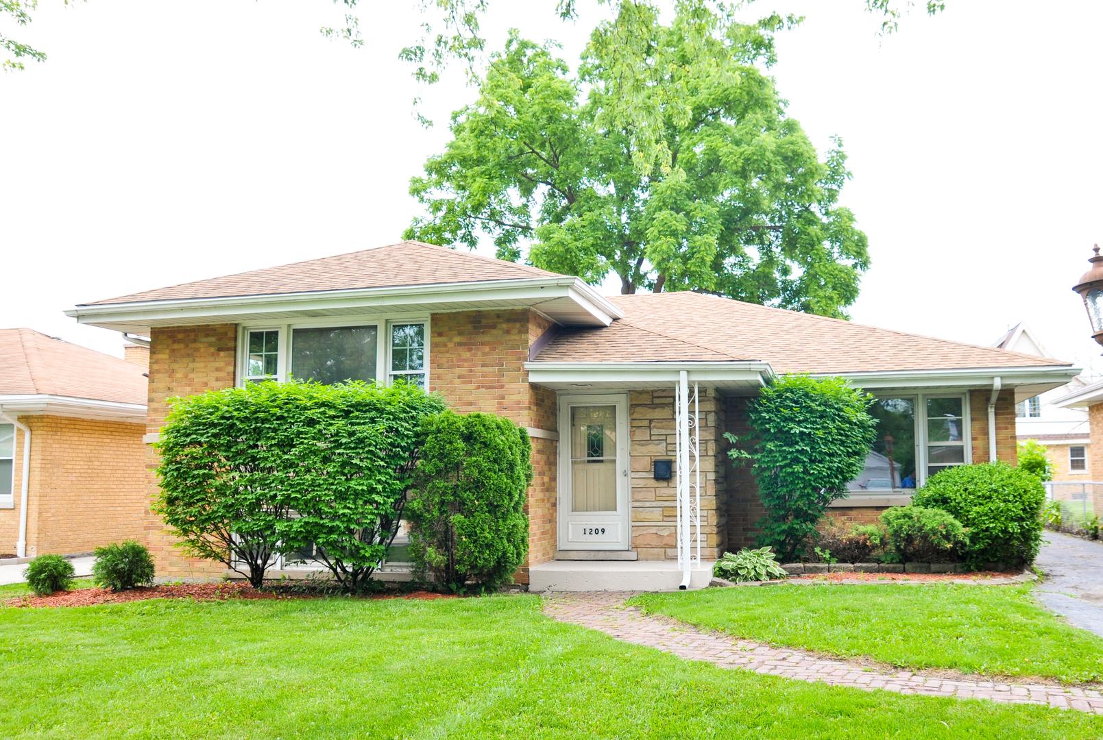 1209 Forest Road, La Grange Park, Illinois