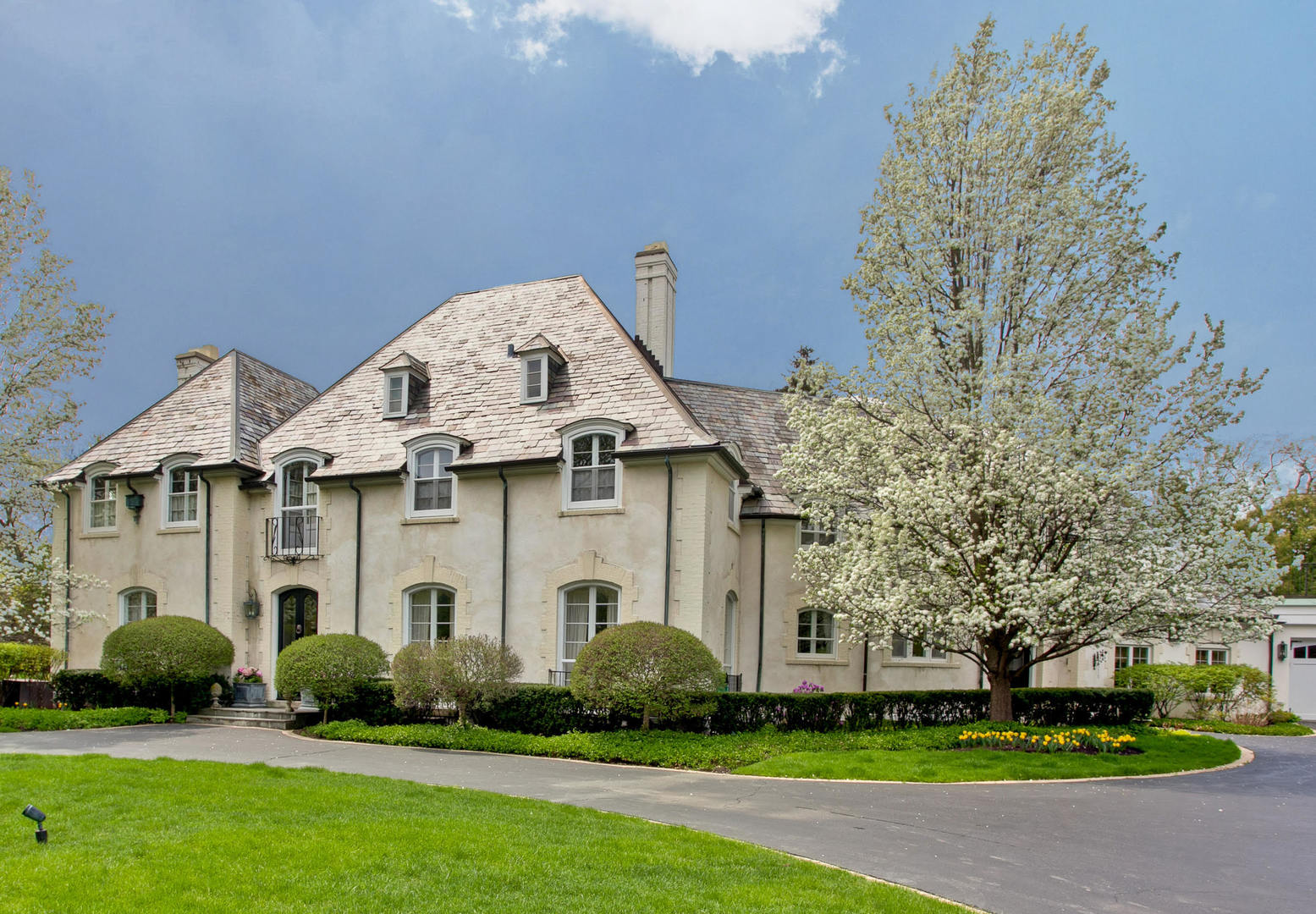 3 Stories, French Provincial - LAKE FOREST, IL (photo 1)