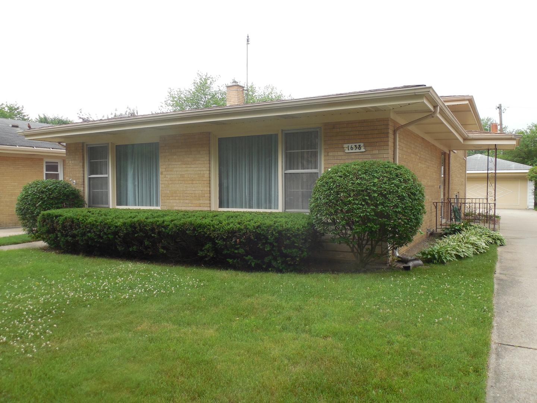 1638 Forest Road, La Grange Park, Illinois