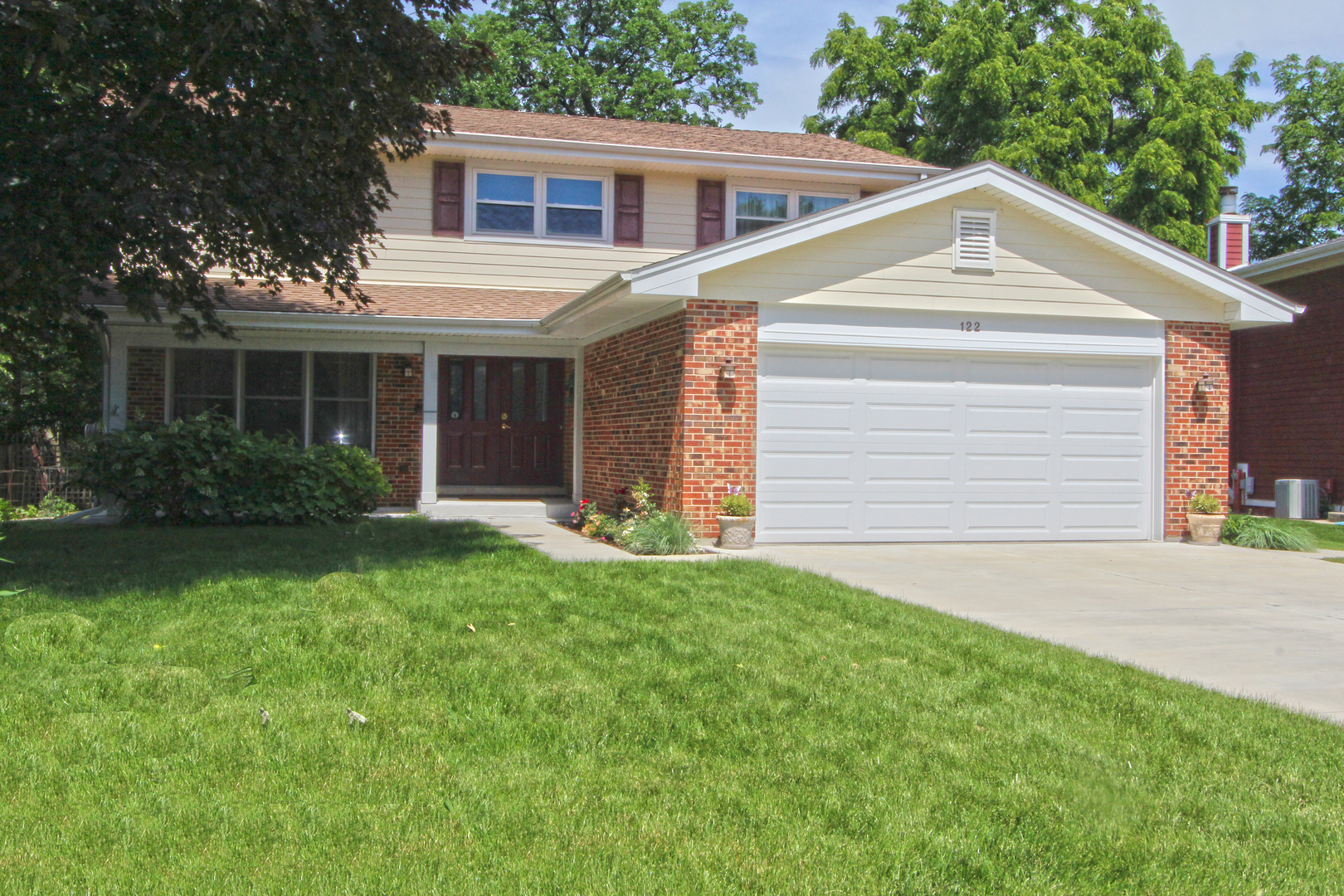 122 Kincaid Drive, Lake Zurich in Lake County, IL 60047 Home for Sale
