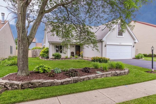 137 Red Cedar Drive Streamwood, IL 60107