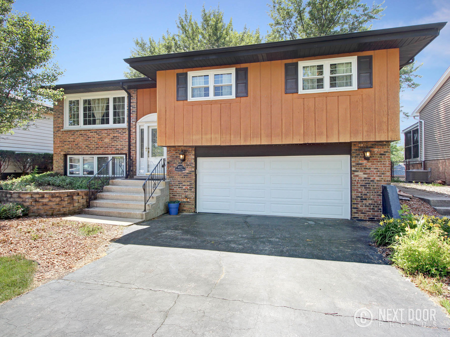 16322 Ridgeland Avenue, Tinley Park in Cook County, IL 60477 Home for Sale