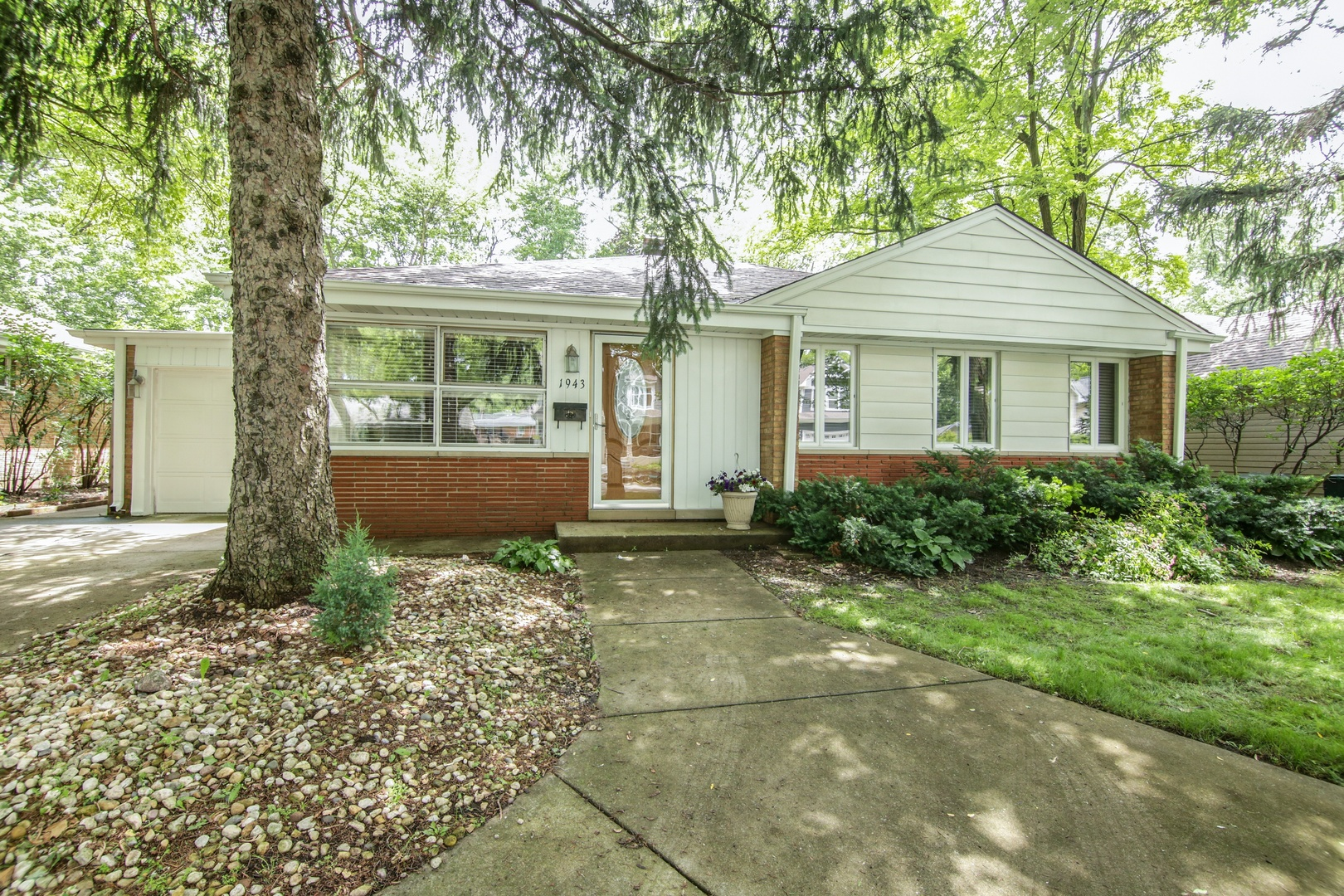 1943 THORNWOOD Lane, Northbrook in Cook County, IL 60062 Home for Sale