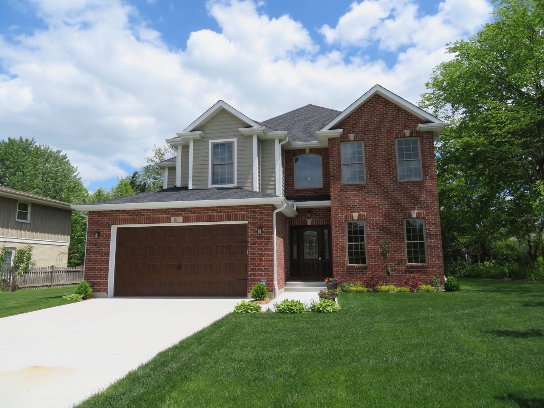 679 Castlewood Lane Deerfield, IL 60015