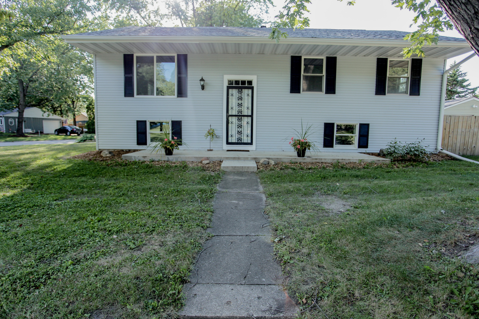 1303 KENWOOD Road, Champaign in Champaign County, IL 61821 Home for Sale