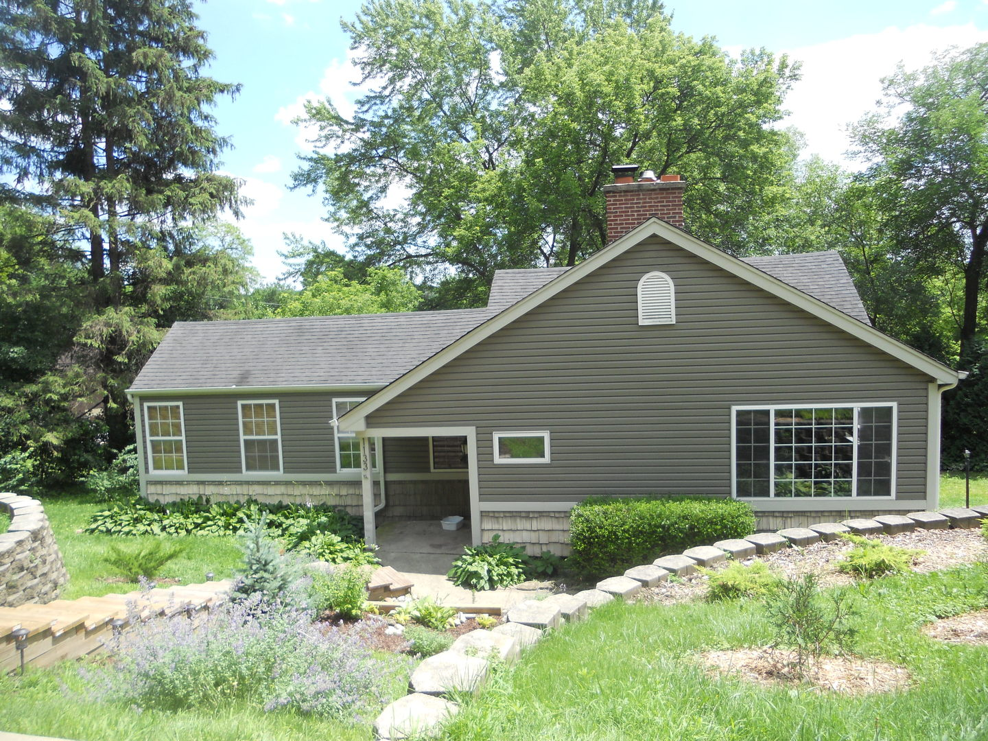 1133 PIONEER Road, Algonquin in Mc Henry County, IL 60102 Home for Sale
