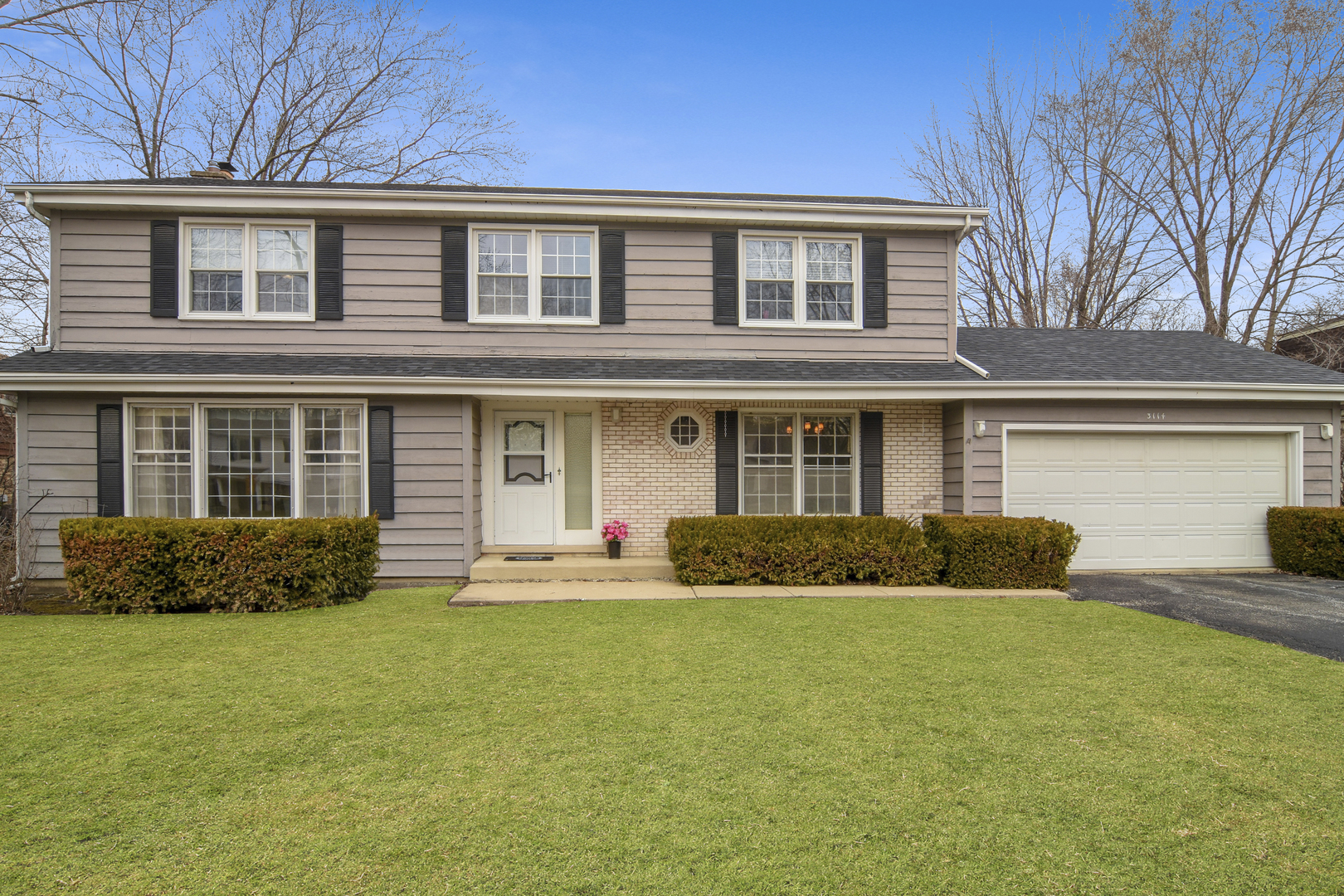 3114 Moon Hill Drive, Northbrook in Cook County, IL 60062 Home for Sale