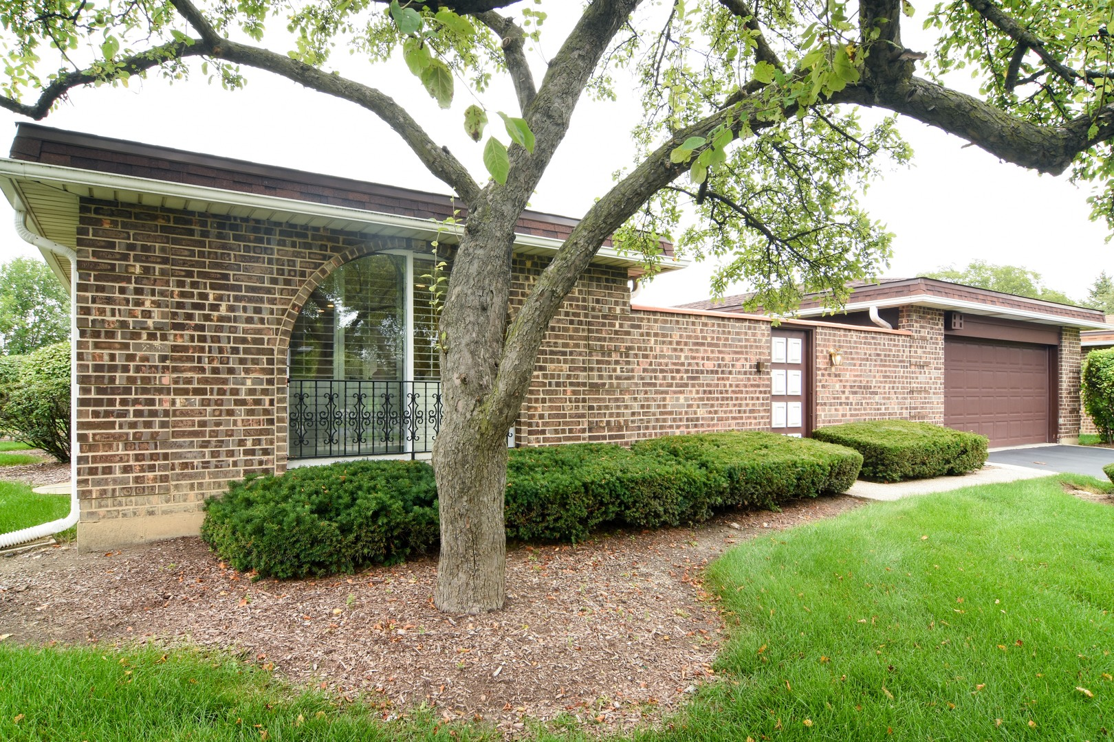 2379 El Cid Lane, Northbrook in Cook County, IL 60062 Home for Sale