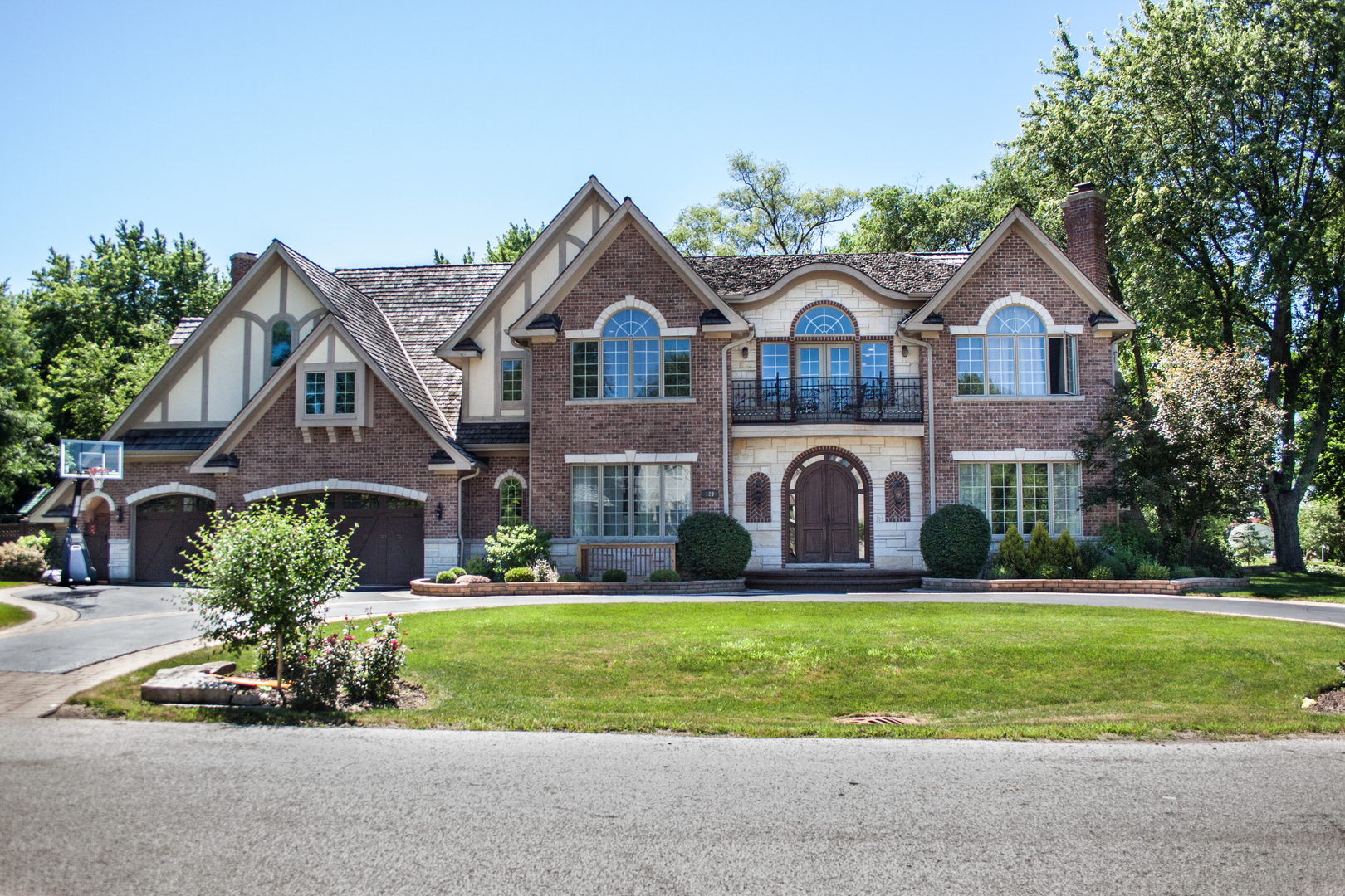 120 CONSTANCE Lane, Northbrook in Cook County, IL 60062 Home for Sale