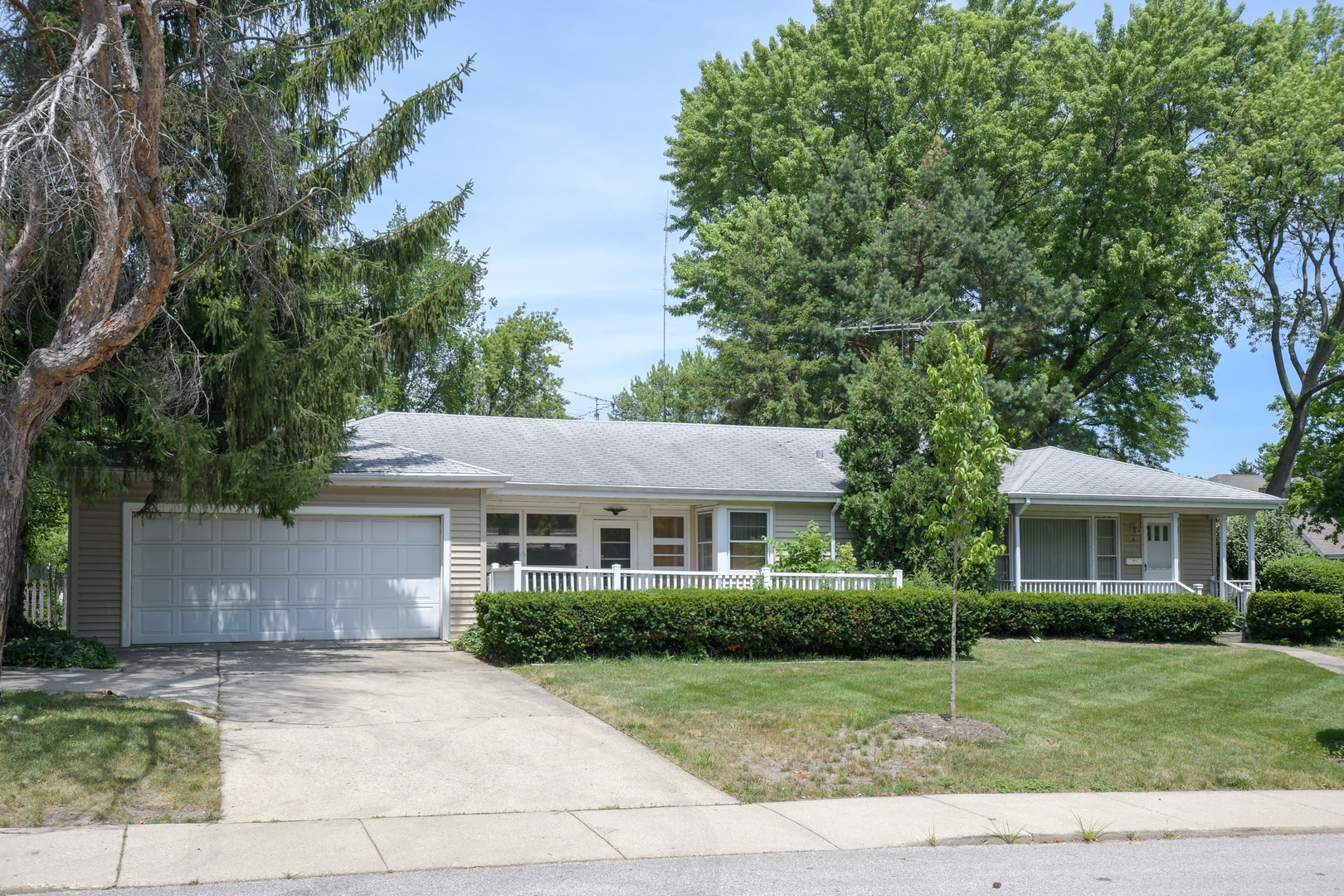 Single Story property for sale at 24 ELM Street, Glenview Illinois 60025