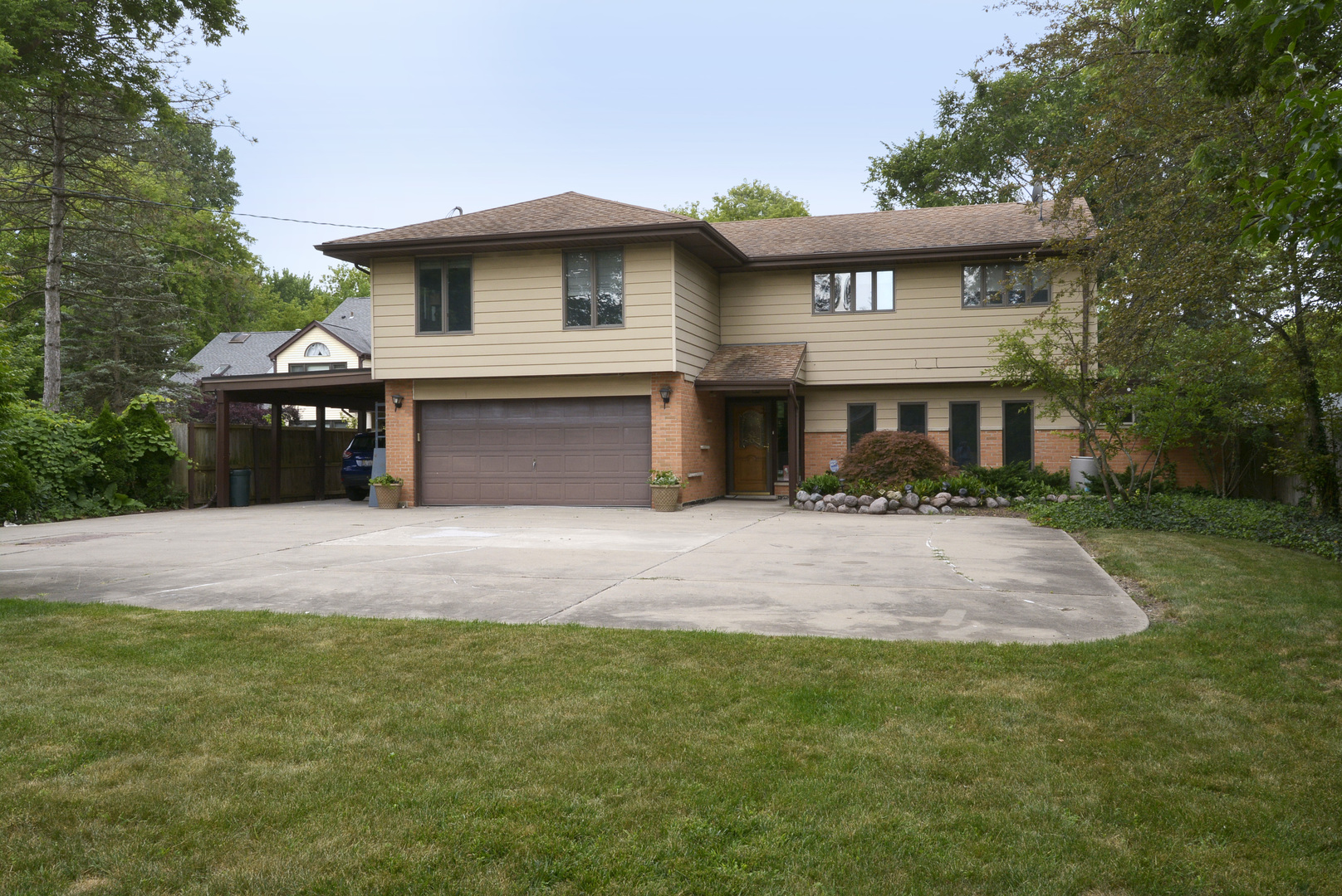 1620 Pfingsten Road, Northbrook in Cook County, IL 60062 Home for Sale