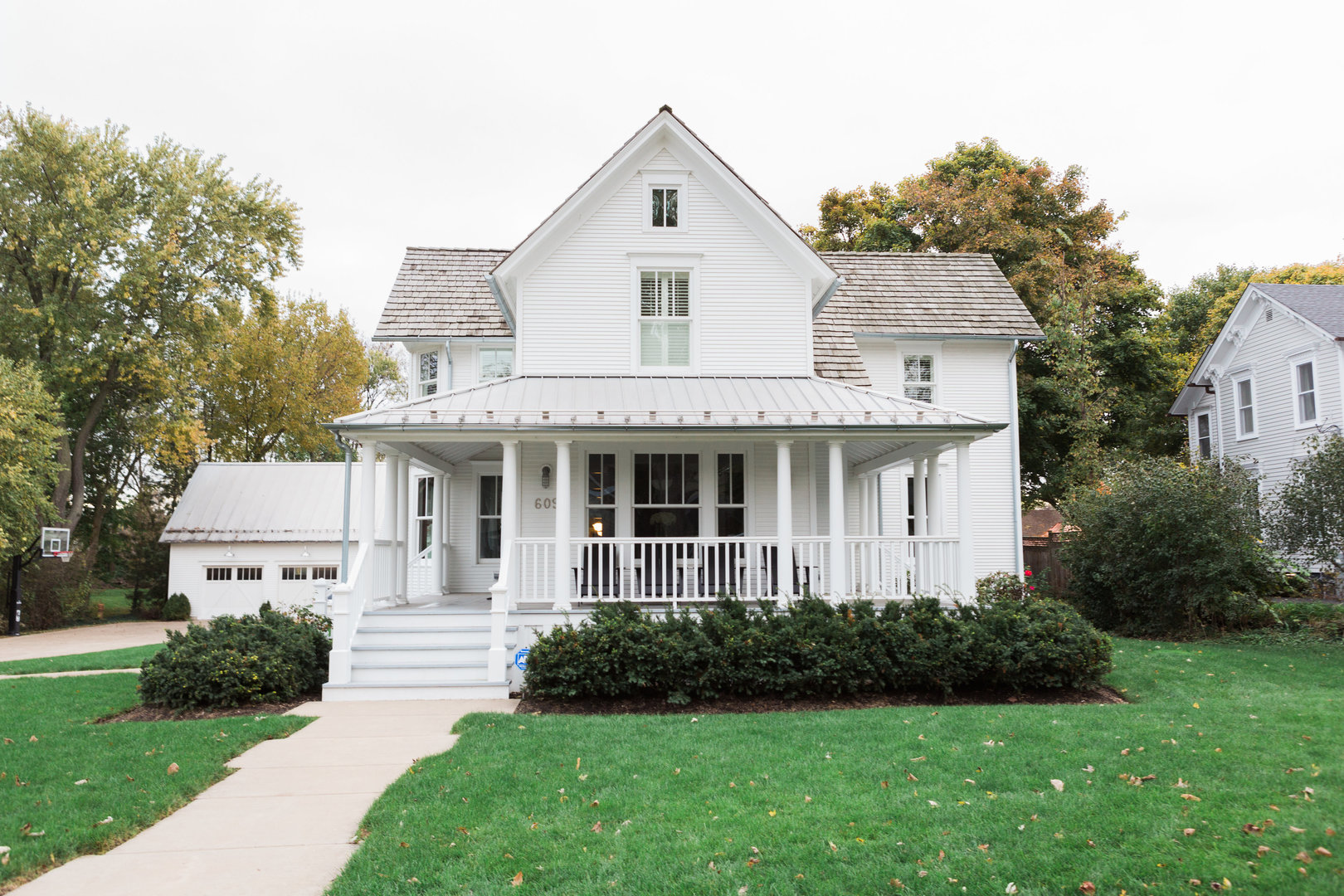 609 South Grove Avenue, Barrington, Illinois