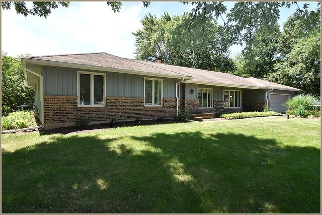 38W127 Rosewood Lane, Batavia, Illinois