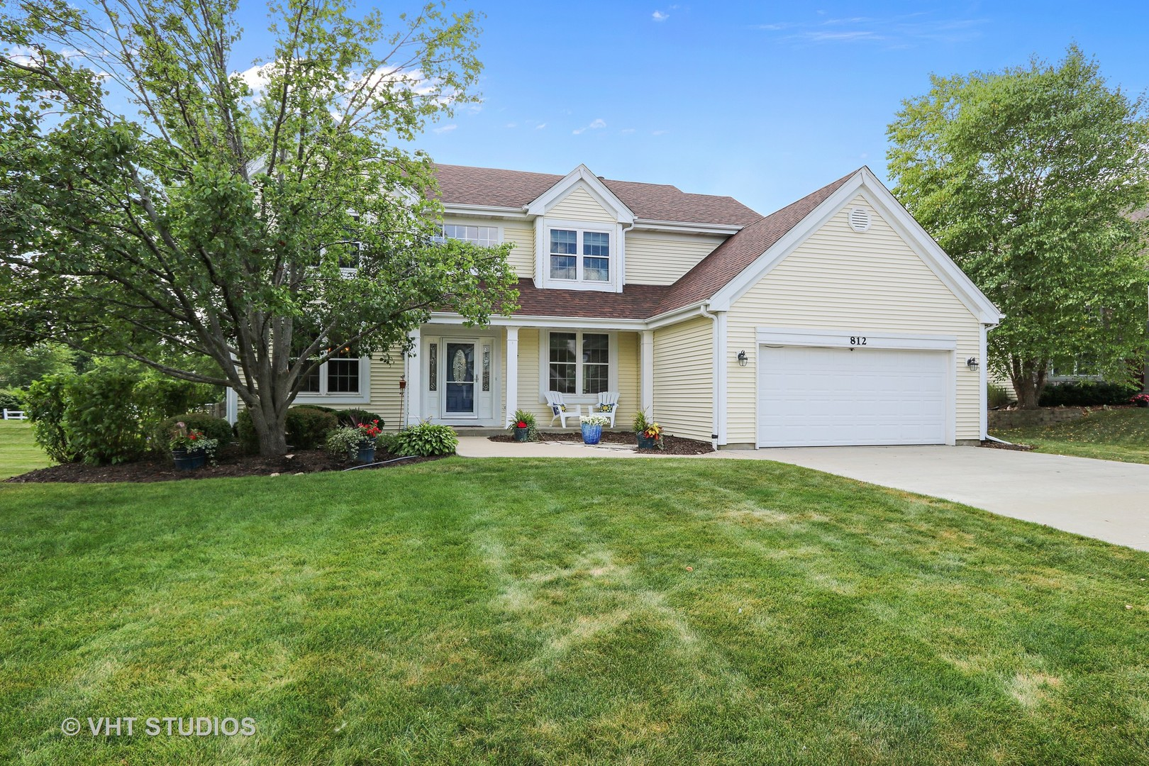 812 Foxmoor Lane, Lake Zurich in Lake County, IL 60047 Home for Sale