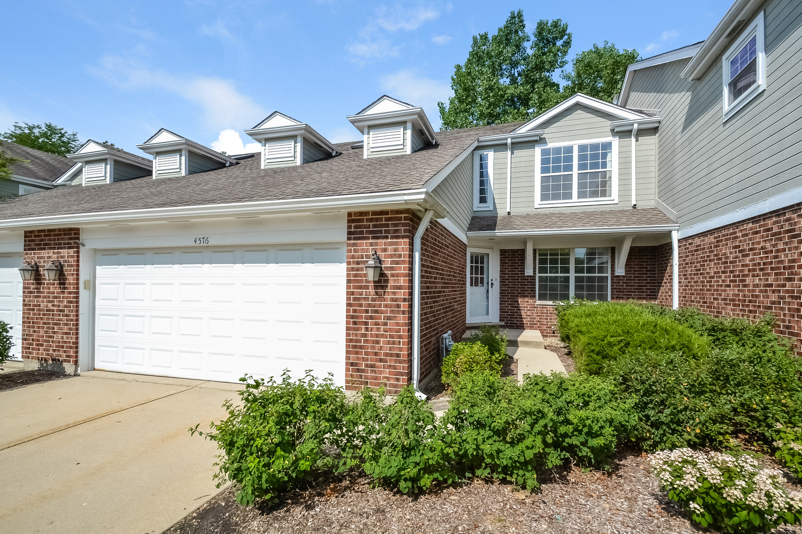 4576 Deer Trail Court, Northbrook in Cook County, IL 60062 Home for Sale