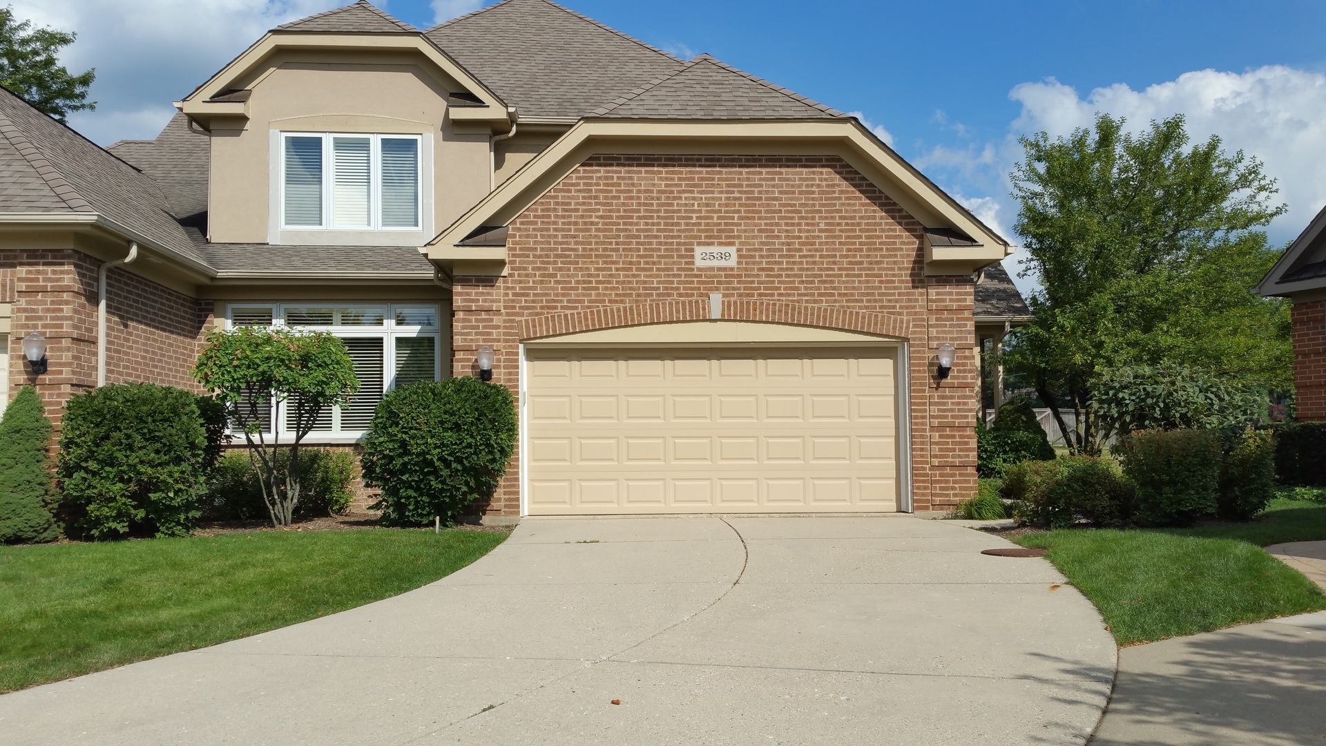 2539 Windrush Lane, Northbrook in Cook County, IL 60062 Home for Sale