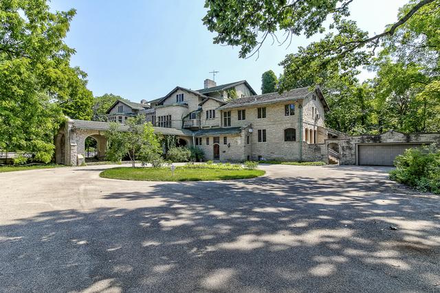 105 South Deere Park Drive Highland Park, IL 60035