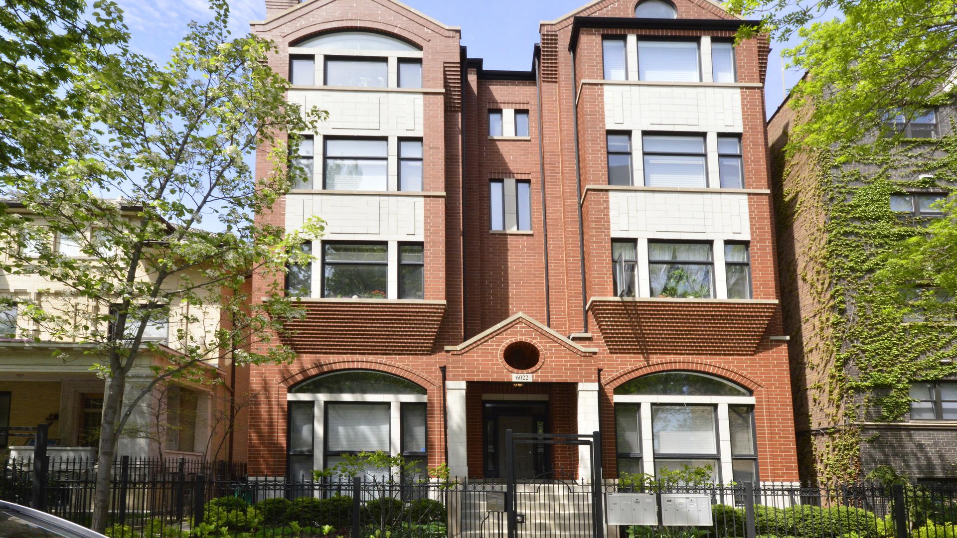 6022 North Kenmore Avenue Chicago, IL 60660