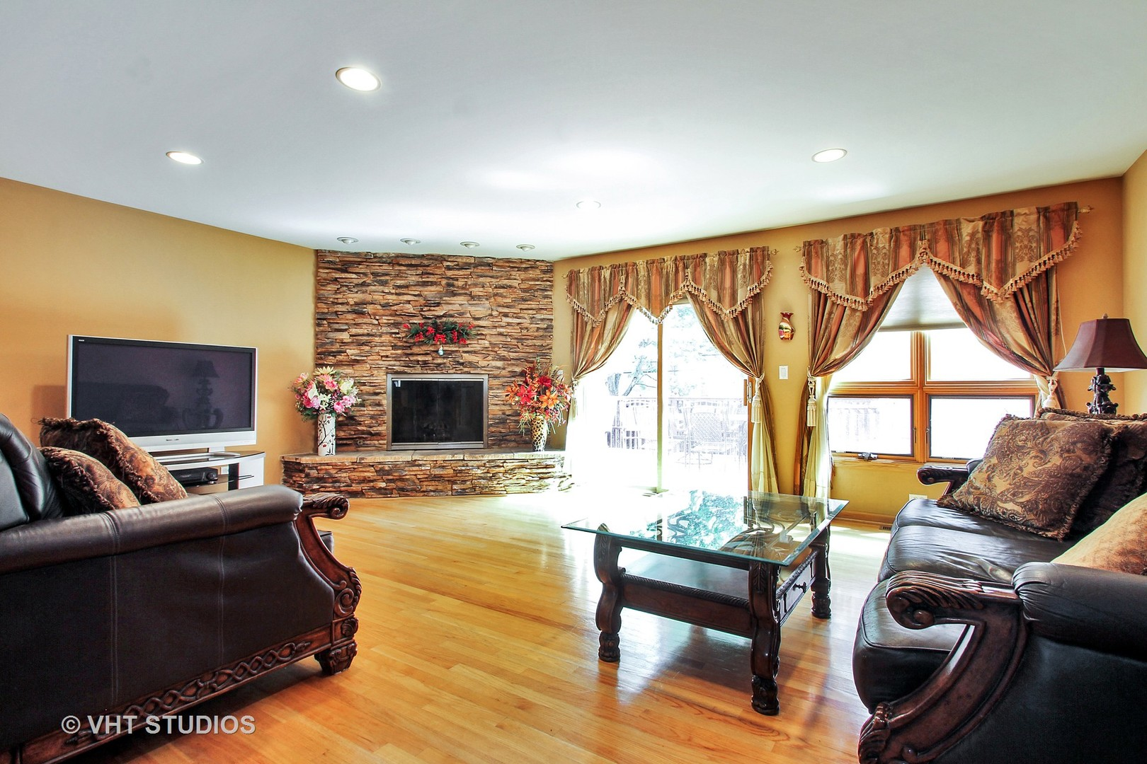 2427 Covert Road - photo 1