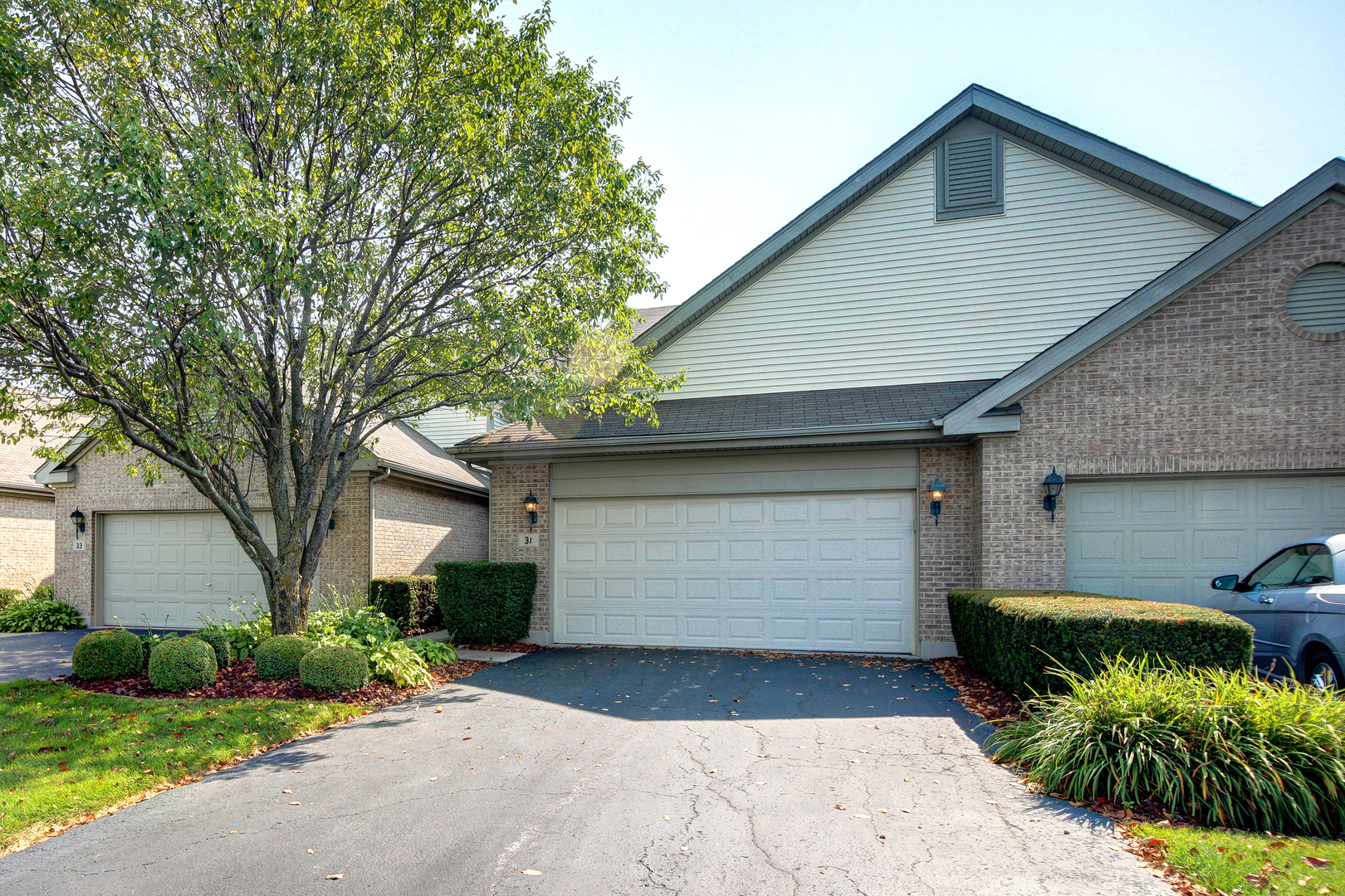 31 Corinth Court, one of homes for sale in Tinley Park