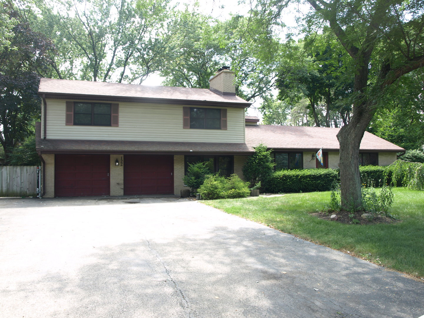 122 Howe Terrace, Barrington in Cook County, IL 60010 Home for Sale