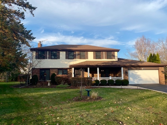 2714 Maple Avenue, Northbrook in Cook County, IL 60062 Home for Sale