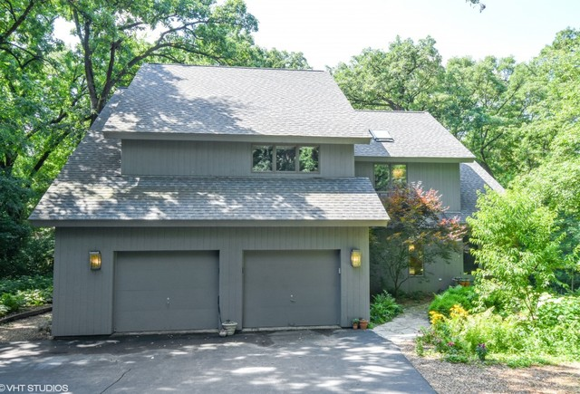 26669 West Taylor Street, Barrington, Illinois