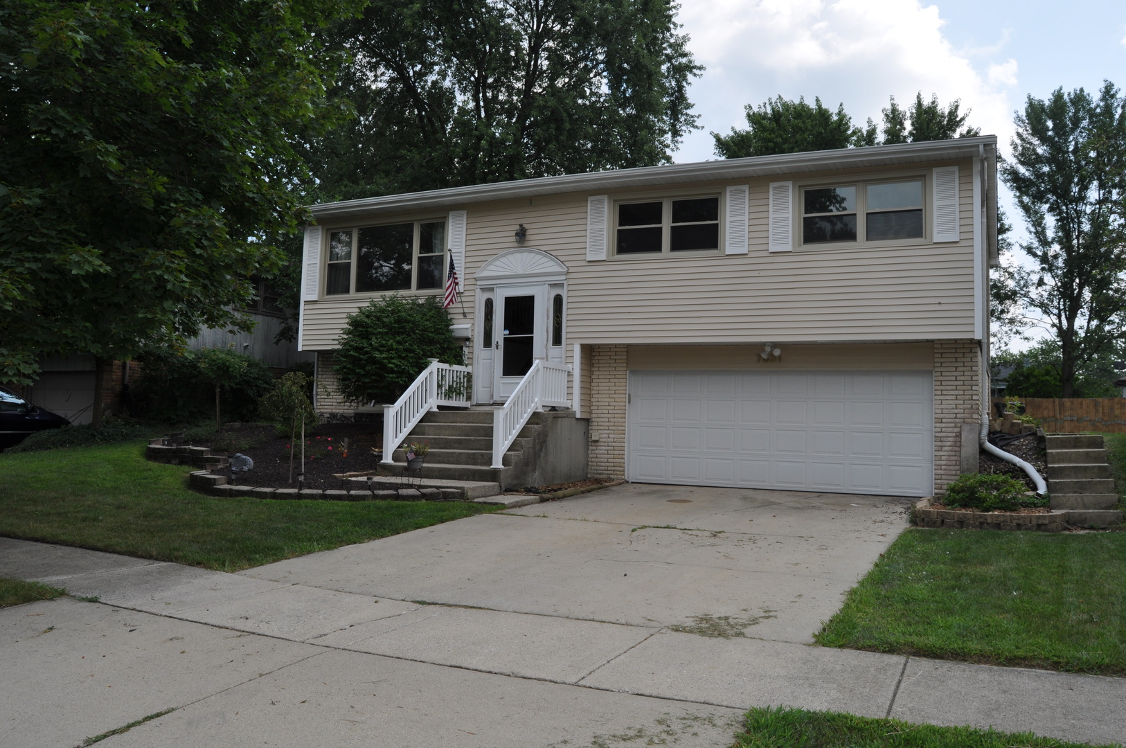 7631 161st Place, Tinley Park in Cook County, IL 60477 Home for Sale