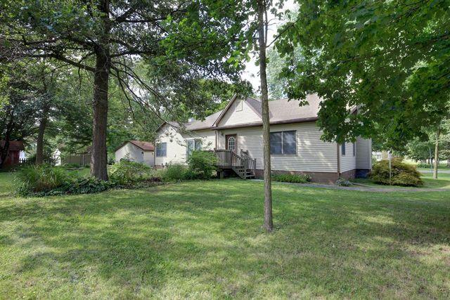 415 North Bourne Street TOLONO, IL 61880