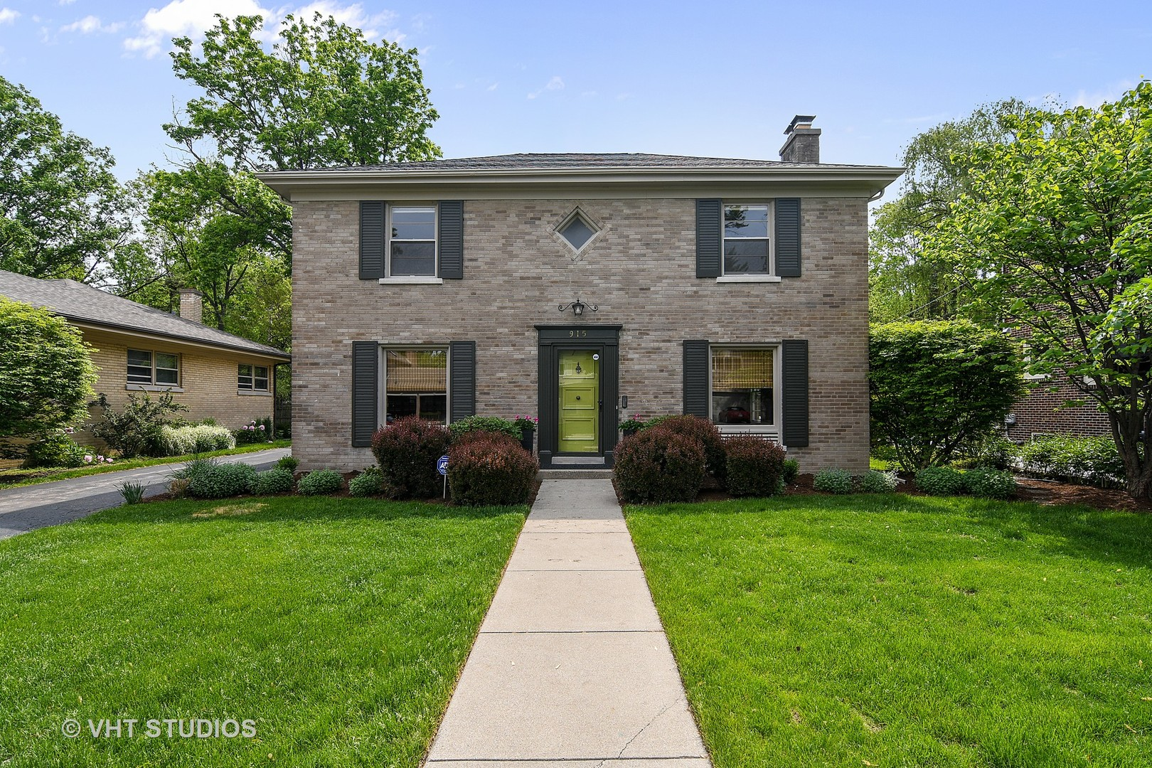 915 Indian Road Glenview, IL 60025