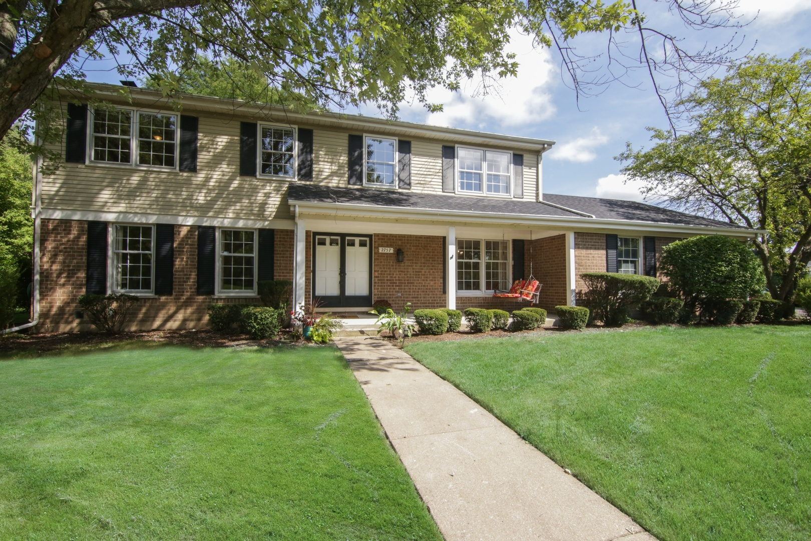 2757 Royal Drive, Northbrook in Cook County, IL 60062 Home for Sale