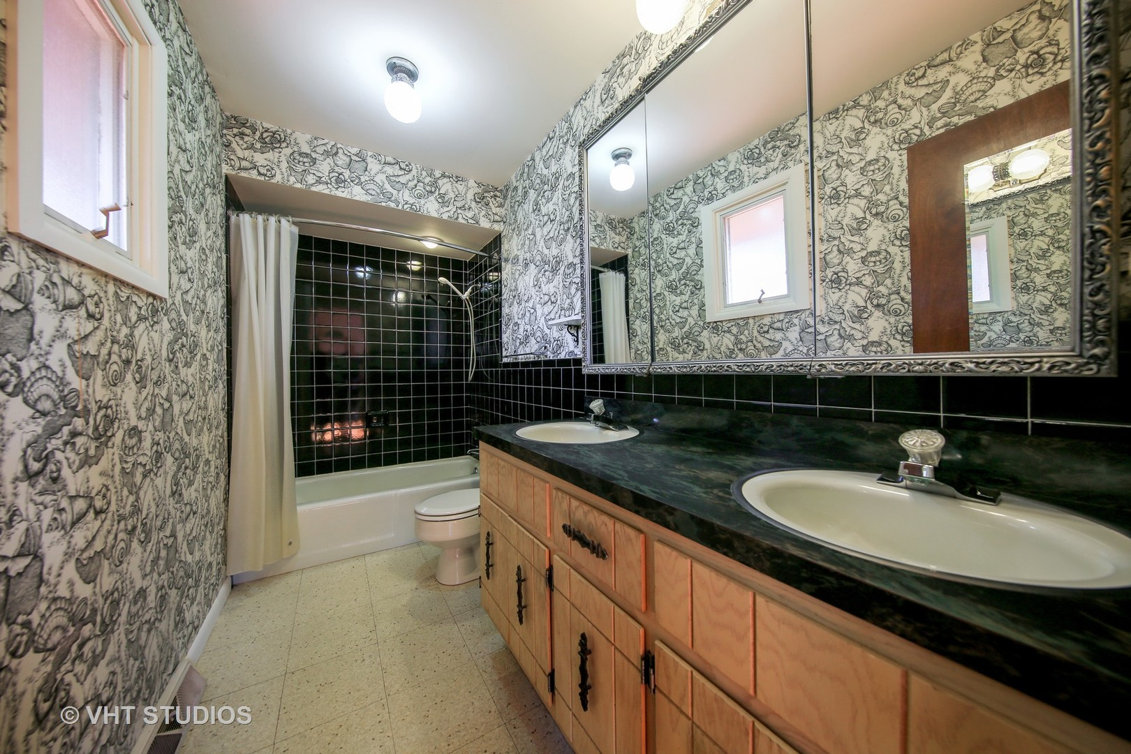 14027 South Naperville Road - photo 15