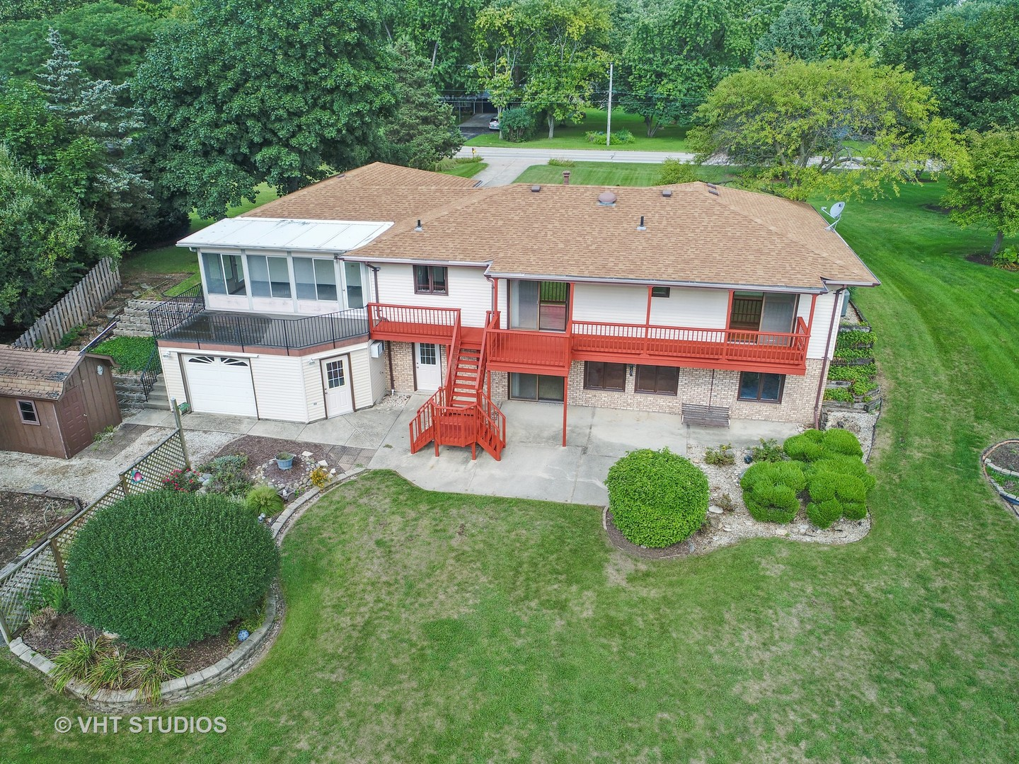 14027 South Naperville Road - photo 32