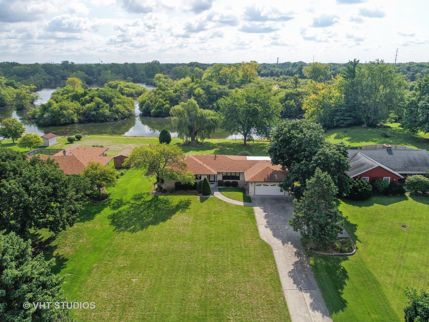 14027 South Naperville Road - photo 33