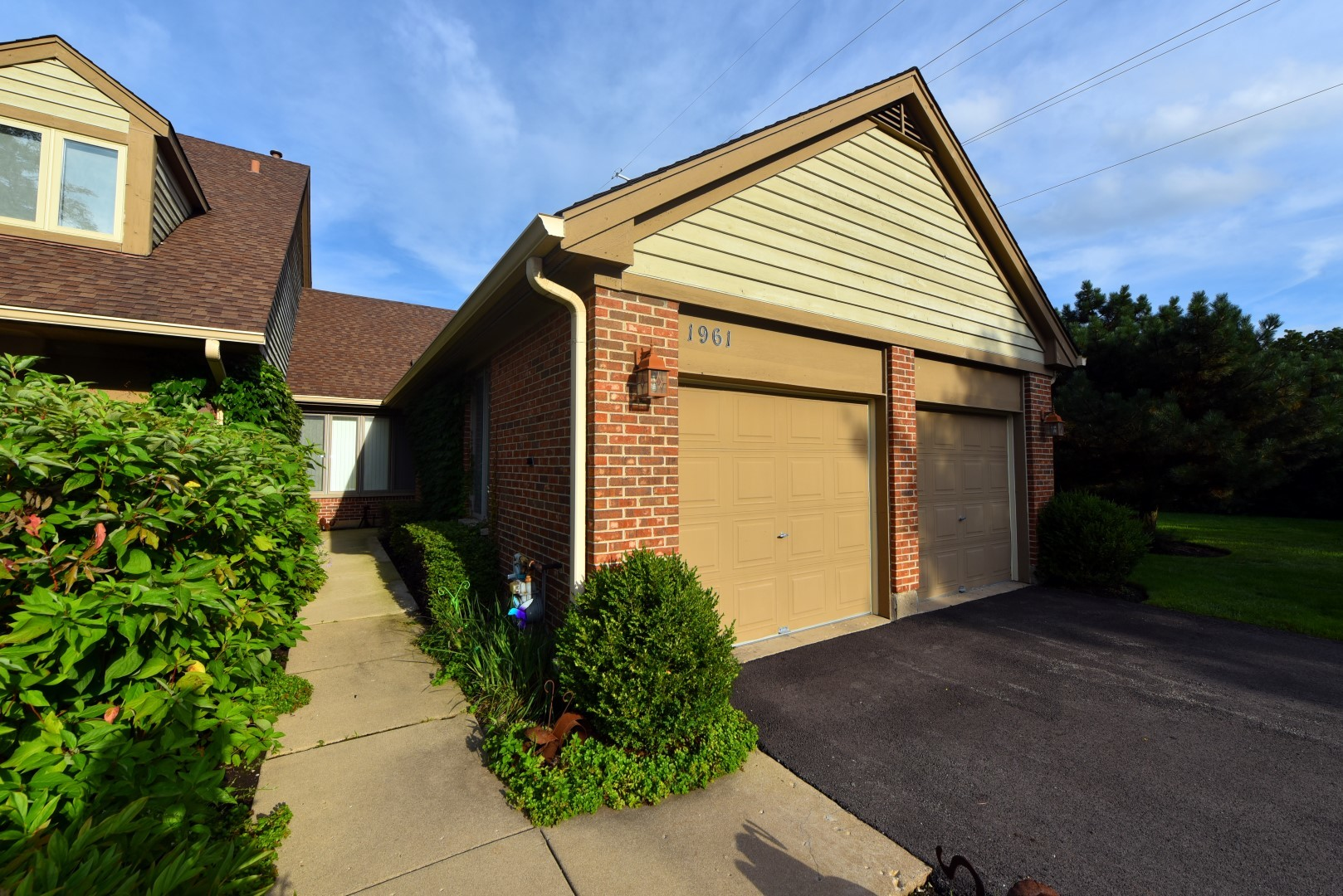 1961 Koehling Road, Northbrook in Cook County, IL 60062 Home for Sale