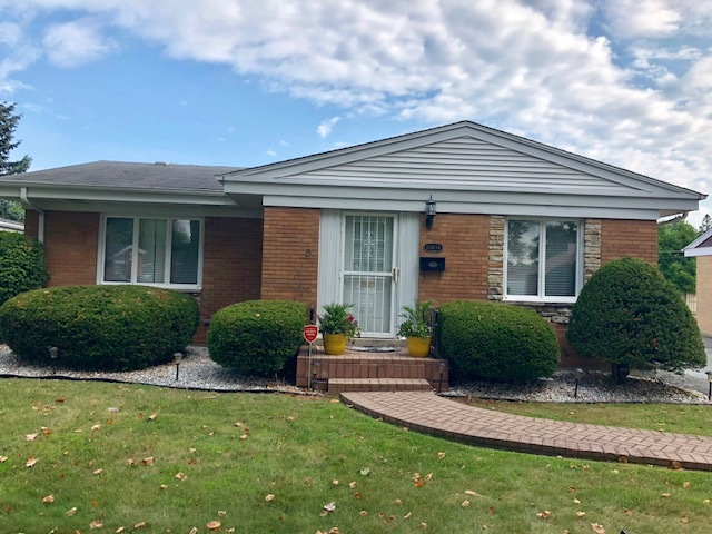 10834 Hastings Street Westchester, IL 60154