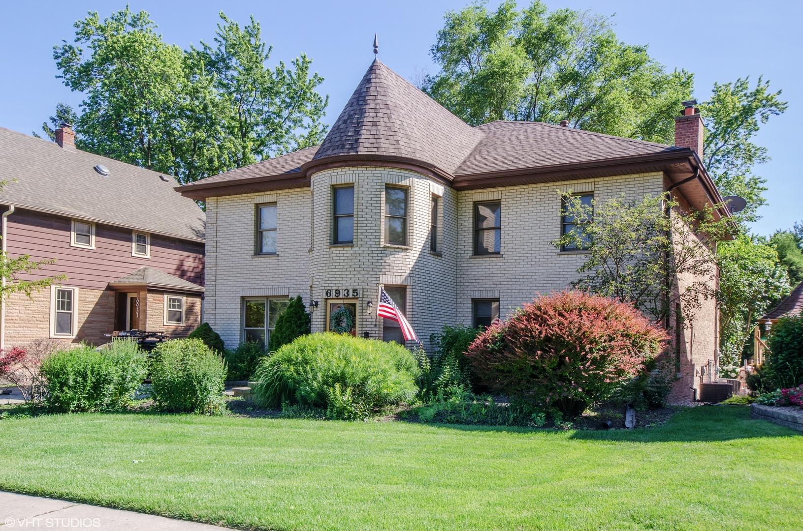 6935 West Hobart Avenue, Chicago-Edison Park, Illinois