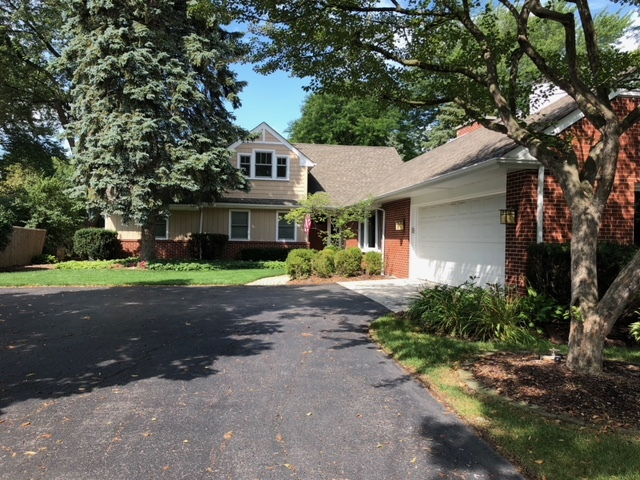 1054 Western Avenue, Northbrook in Cook County, IL 60062 Home for Sale