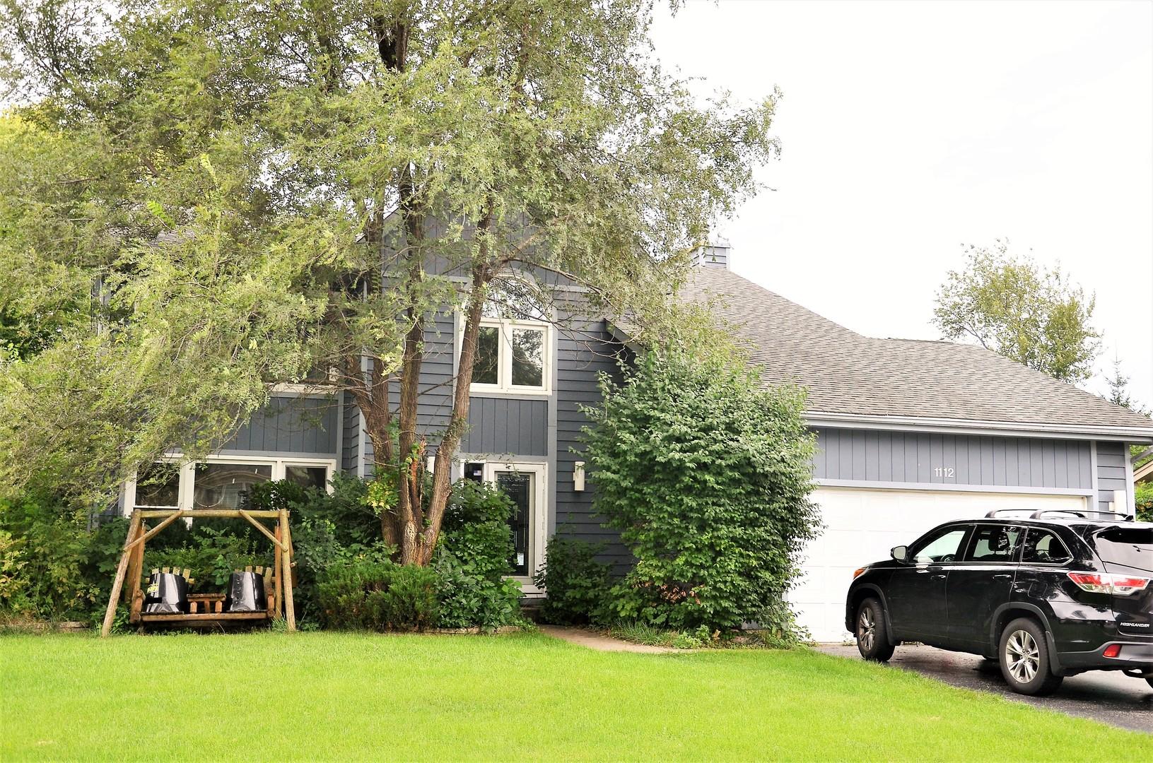 1112 Hidden Lake Drive Buffalo Grove, IL 60089