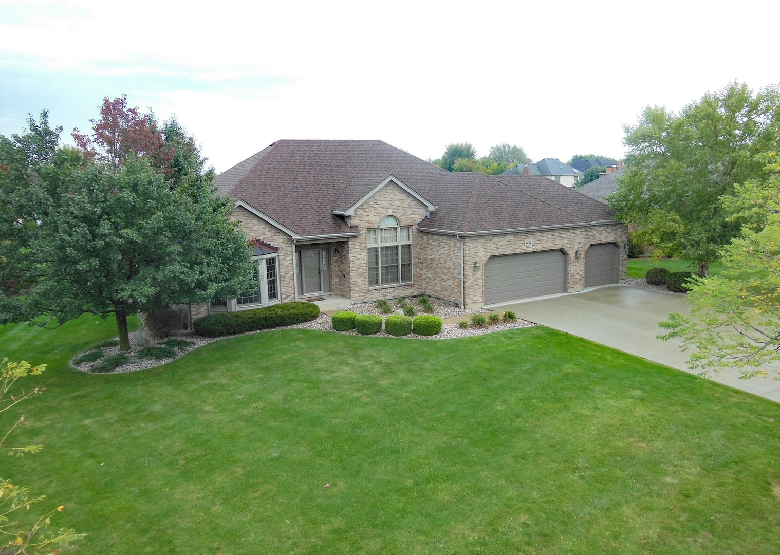 631 BLUESTEM Lane, Algonquin in Mc Henry County, IL 60102 Home for Sale