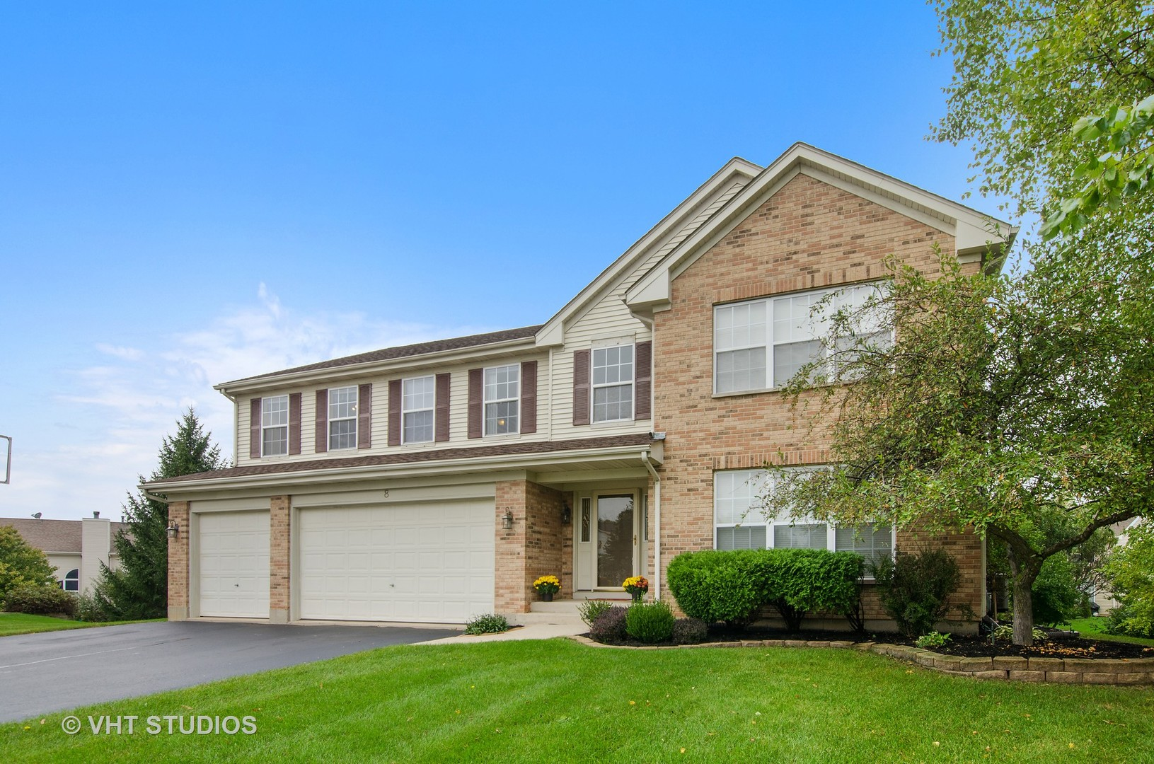 8 Lancaster Court, Algonquin in Kane County, IL 60102 Home for Sale