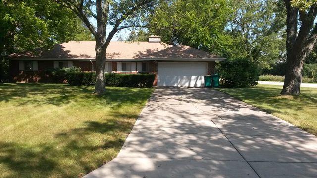 1034 Elmwood Avenue Deerfield, IL 60015