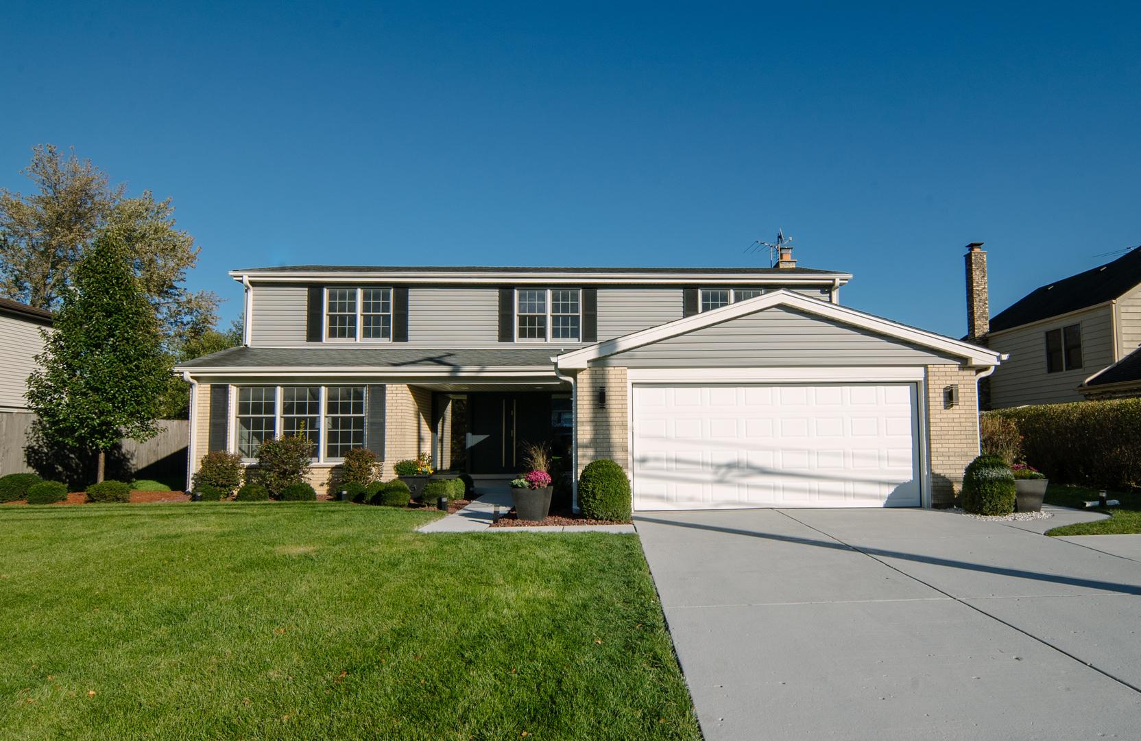 2627 Landwehr Road Glenview, IL 60026
