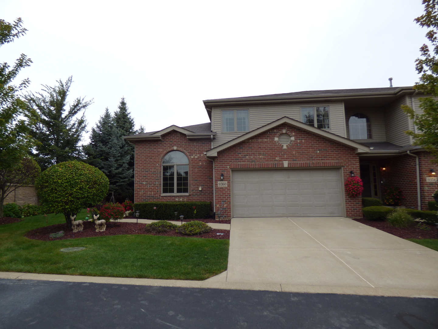 9360 Cambria Court, Tinley Park in Cook County, IL 60487 Home for Sale