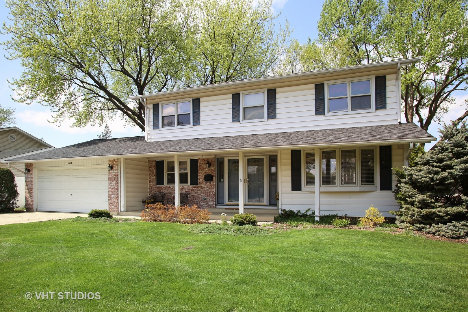 108 CLEARMONT Drive, Elk Grove Village in Cook County, IL 60007 Home for Sale