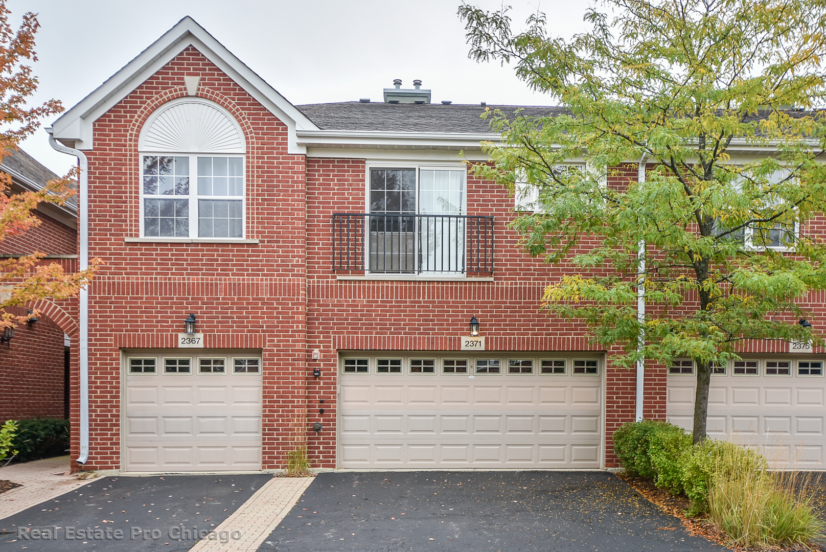 2371 Chelsea Road, Northbrook in Cook County, IL 60062 Home for Sale