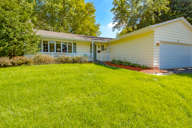 517 South Hubbard Street, Algonquin in Mc Henry County, IL 60102 Home for Sale