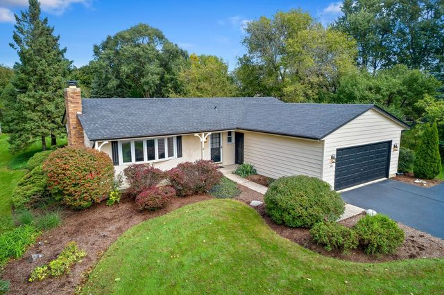 584 GASLIGHT Drive, Algonquin in Kane County, IL 60102 Home for Sale