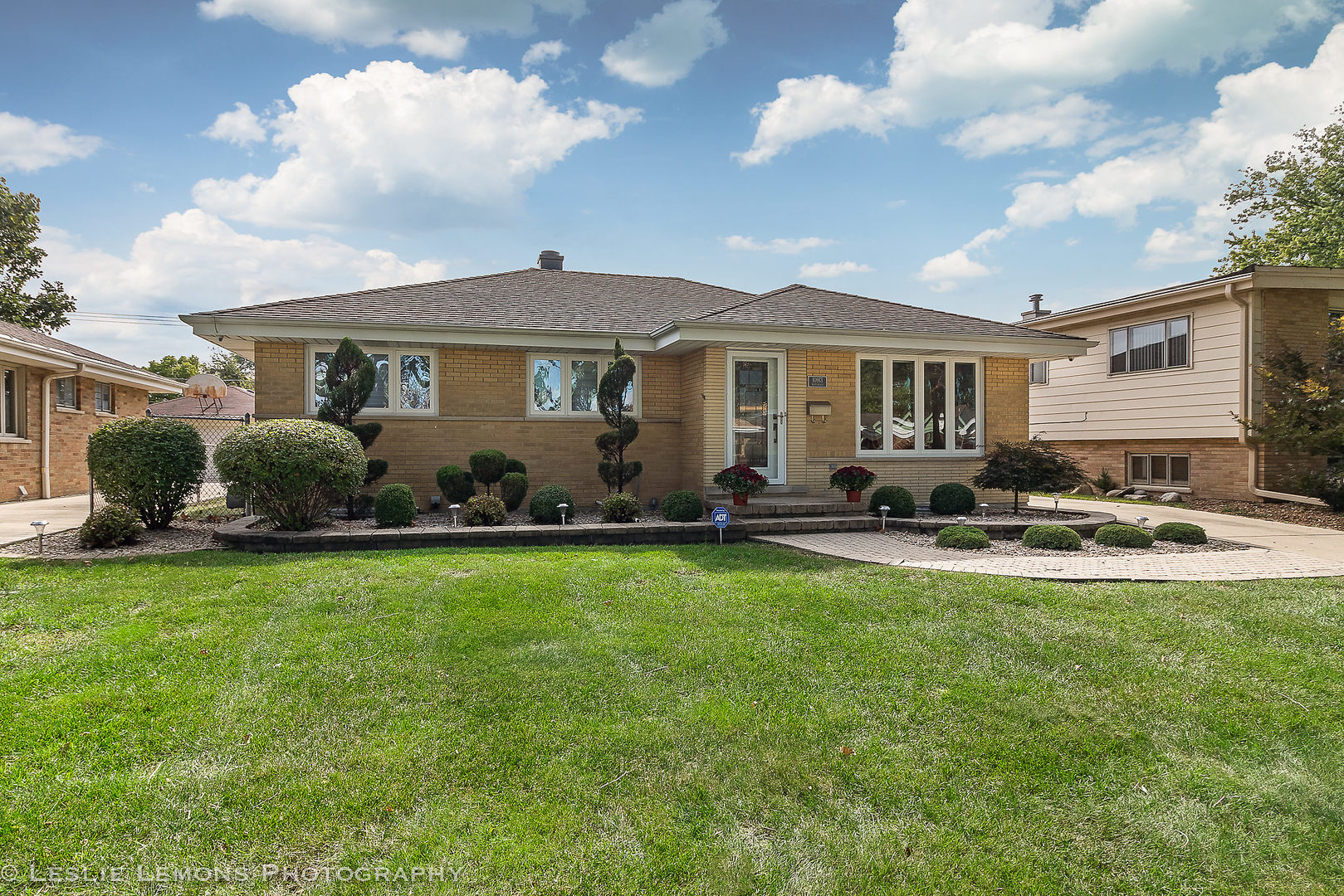 10913 Martindale Drive Westchester, IL 60154