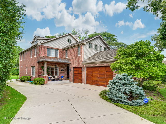 312 Country Lane Glenview, IL 60025